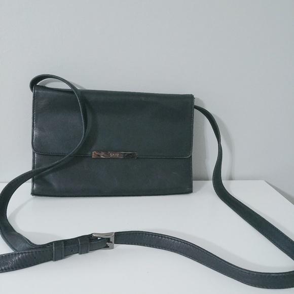 Enzo Angiolini Handbags - Enzo Angiolini Envelope Leather Bag